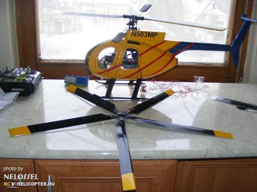 Helikopter és alkatrészek