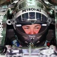 F1 Rosberg zárt az élen a harmadik szabadedzésen Barcelonában