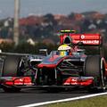F1 Az esővel tarkított második edzésen is Hamilton zárt az élen a Hungaroringen