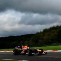 Spa hozta formáját - Mark Webber nyerte a kaotikus időmérőt