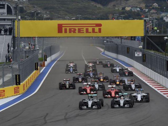 F1 Ecclestone újraírná a szabálykönyvet, Rosberg talpra fog állni - Villámhírek az elmúlt 24 órából