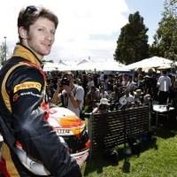 F1 Grosjean még az eső előtt élre repítette Lotusát a 3. szabadedzésen
