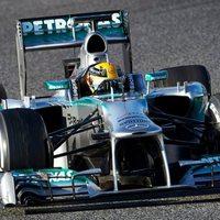 F1 Hamilton elsőségével ért véget a barcelonai teszthét