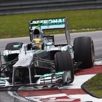 F1 A Mercedes versenyzői nem kérnek az esőből
