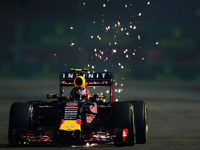F1 Kvjat zárt az élen Räikkönen előtt a második edzésen