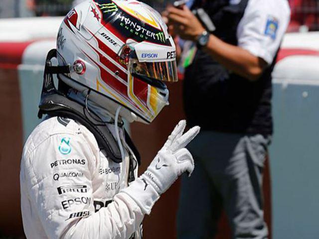 F1 Hamiltoné a pole, Vettel már a Q1-ben elvérzett
