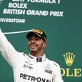 F1 Hamilton győzelem, defektes Ferrarik Silverstone-ban