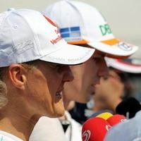 F1 Döbbenet a Mercedesnél