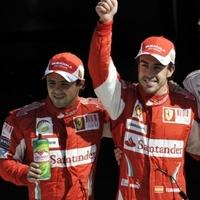 A Ferrari uralta a hazai pályát - Alonso indulhat a pole-ból