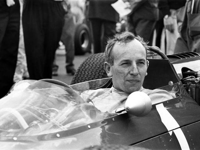F1 történelem - Távozott egy legenda, aki két- és négy keréken is világbajnok volt