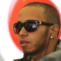 F1 Hamilton hajszállal Vettel előtt zárt az első edzésen