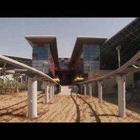 Abu Dzabiban tegnap megnyílt a Ferrari-park