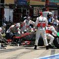 Az F1 történelmének leggyorsabb kerékcseréje után a McLaren magabiztos