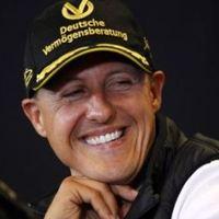 Schumacher még eső előtt kibérelte az első helyet a délelőtti edzésen
