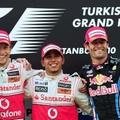 Lewis Hamilton idei első futamgyőzelmét ünnepelte Törökországban