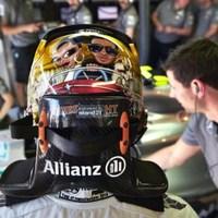F1 Hamiltont nagyon megviseli a szakítás