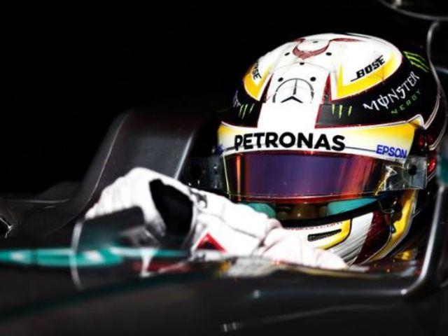 F1 Hamilton elkapta Rosberget, a Red Bullok a Ferrarik előtt az időmérőn