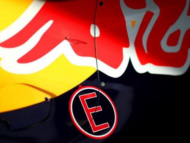 F1 A Red Bull maradt volna csendben, Hamilton jól időzít - Villámhírek