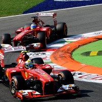 F1 Vettel könnyű helyzetben van, a fő riválisok azonban igyekeznek azt megnehezíteni