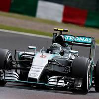 F1 Rosberg szerezte meg a pole-t a balesettel záruló szuzukai időmérőn
