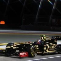 A Renault problémásan kezdte a szingapúri hétvégét