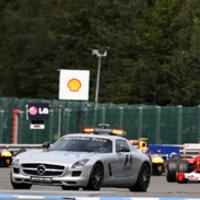 Alonso szerint a biztonsági autó Vettelnek segített
