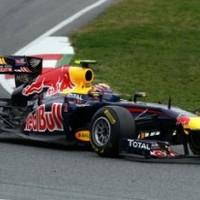 Mark Webber zárt az élen a barcelonai tesztek első napján