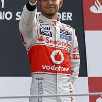 F1 A McLaren pilótái magabiztosan érkeznek Szingapúrba