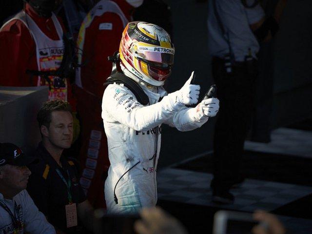 F1 Hamilton elszántsága megduplázódott melbourne-i veresége után