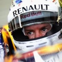 A második edzésen Vettel volt a leggyorsabb Szingapúrban