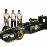 A Lotus F1 Team hazai versenyére készül Sepangban