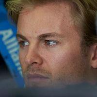 F1 Rosberg az élen, Hamilton a falban a harmadik edzésen Szuzukában
