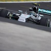 F1 Rosberg szoros csatában megszerezte idei 10. pole-ját