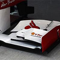 A Ferrari egy módosított első szárnyat visz Abu Dzabiba
