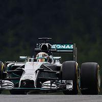 F1 A Mercedest a Red Bull hazai pályája sem törte meg pénteken
