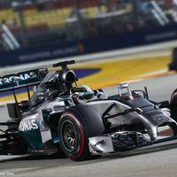 F1 A meglepetés elmaradt - Hamilton vezetésével Mercedes első sor Szingapúrban