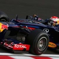 F1 Vettel könnyedén nyert Szuzukában, Alonso előnye a rajtbalesetben elolvadt