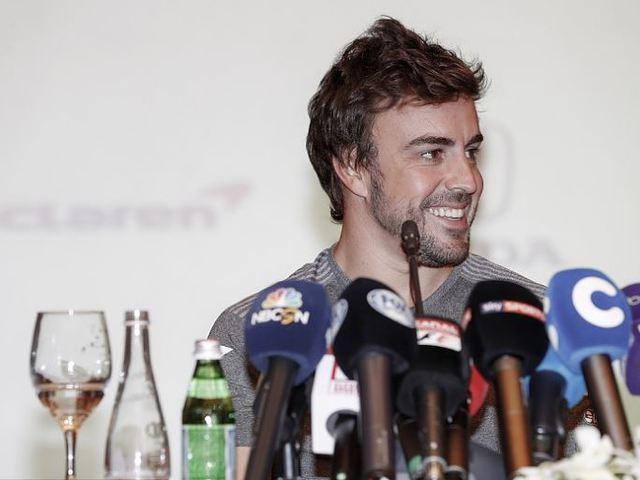 F1 Ha már nyolcszoros bajnok nem lehet, Alonso másban akar legjobb lenni