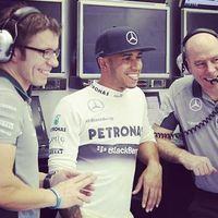 F1 Hamilton: Lesznek meglepetések az első pár versenyen