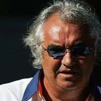 F1 Briatore szerint a Ferrarinak meg kellene tartania Massát