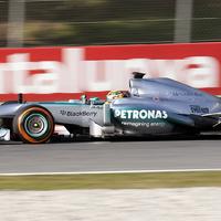 F1 Hamilton szerint a mai Formula-1 túlzottan biztonságos