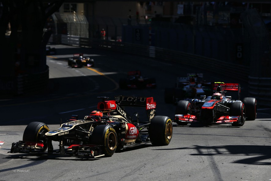 Kimi és Pérez Monacóban.jpg