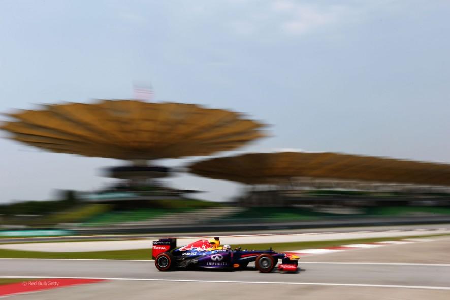 Sebastian Vettel Sepang 2013.jpg