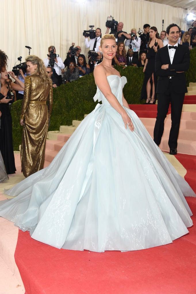 Amikor Claire Danes egy világító Zac Posen ruhában érkezett a Met Gálára...