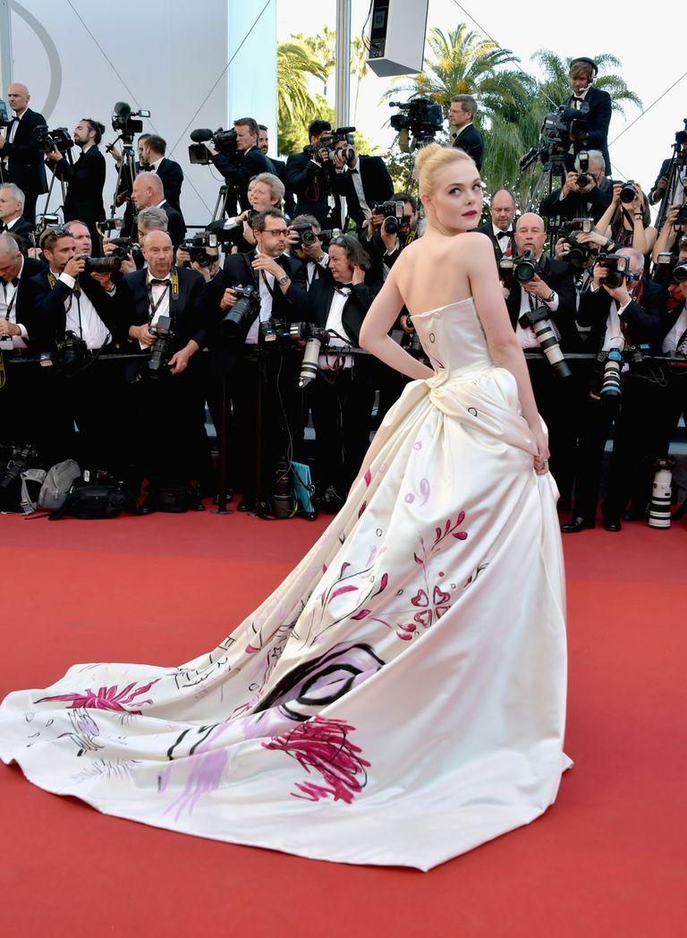 ELLE FANNING<br /><br />Vivienne Westwood Haute Couture<br />2017.