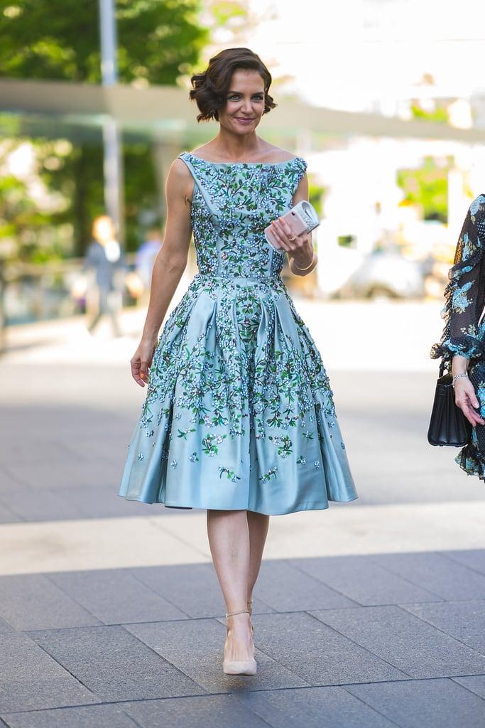 Katie Homes rendszeresen jelent meg Zac Posen ruhákban.