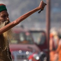 A nap képe(i) 2013 01. 17. - A világ legnagyobb zarándoklatának legbizarrabb fotói.