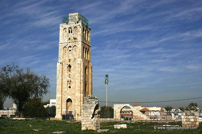 ramla_white_tower_tower_of_the_forty_companions_of_the_prophet_to_christians_as_the_tower_of_the_forty_martyrs_mg_1843_1.JPG
