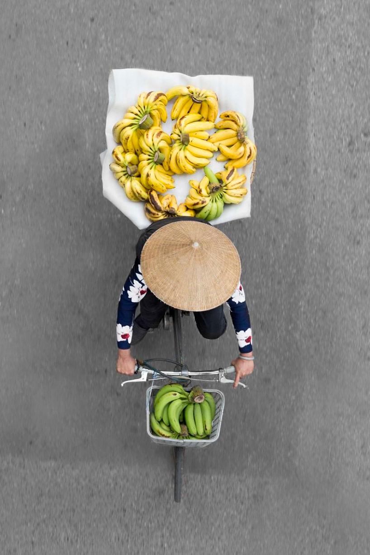 loes-heerink-vendors-from-above-03.jpg