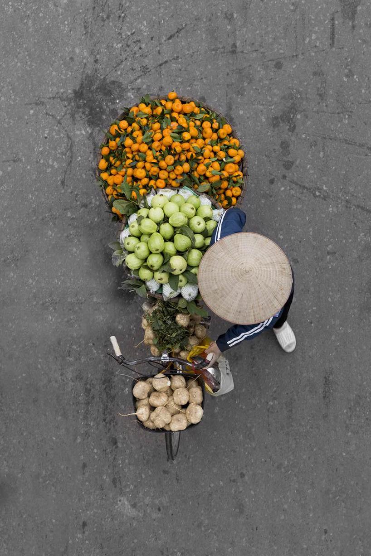 loes-heerink-vendors-from-above-06.jpg